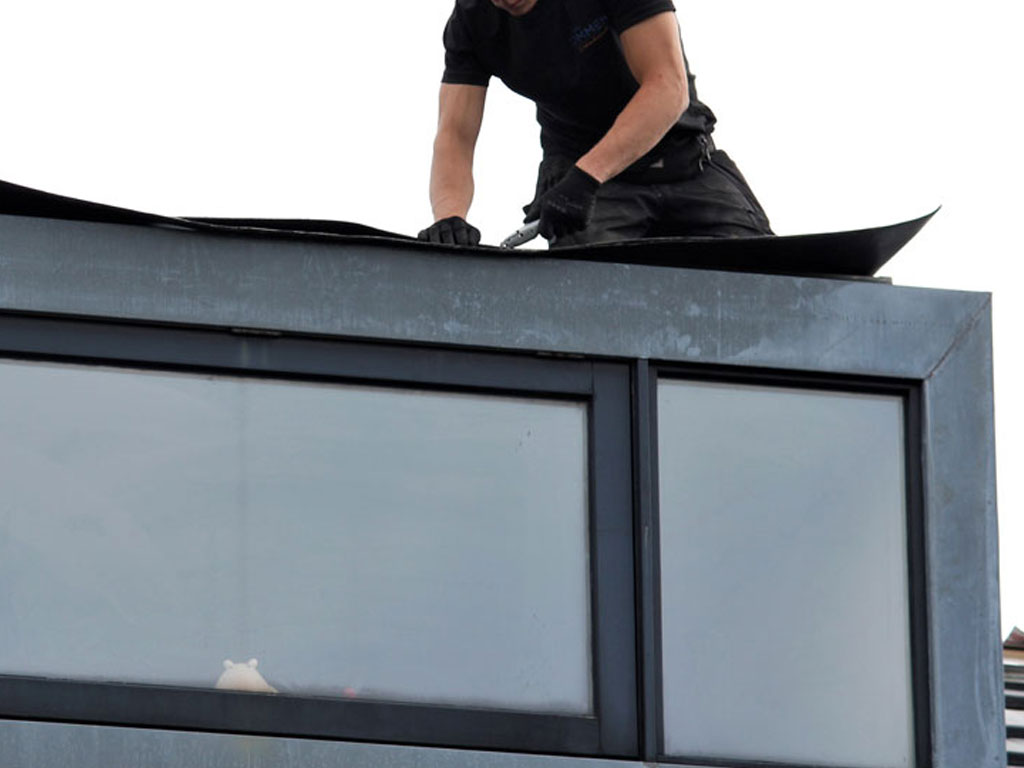Dakkapel plaatsen met een mooie moderne uitstraling op een nieuw pannen dak